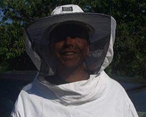 pour travailler auprès des abeilles