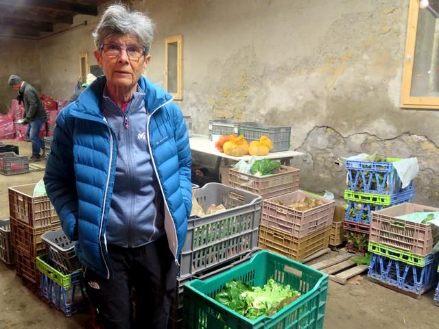 Anne amapienne apprécie Solange la maraîchère