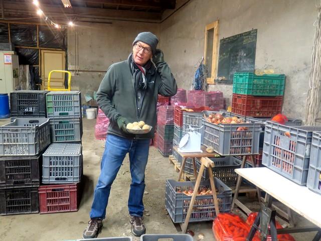chez Solange, Bernard travaille pour l'AMAP